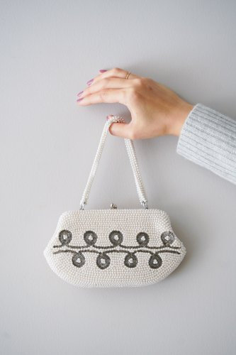 TITTI BOUTIQUE antique&vintage Chain shoulder Bag(White×Motif)