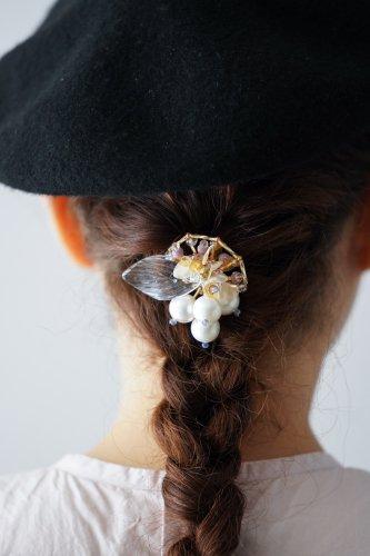 Joelle mani Evan Hair clip (Pearl×Purple beads×Clear leaf)