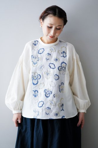muuc Embroidery blouse (ホワイト)