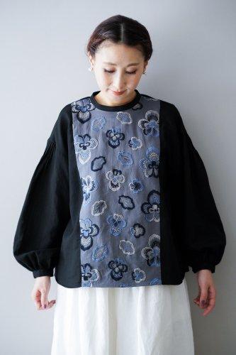 muuc Embroidery blouse (Black)