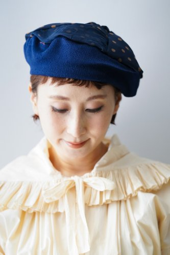 バラ色の帽子 Dots beret(Blue)