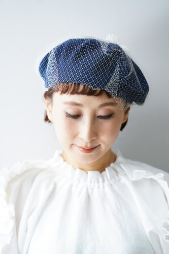 バラ色の帽子 Flower net beret(Blue)