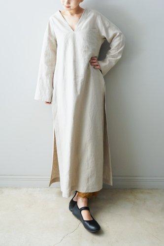 WONDER FULL LIFE Linen V-neck One piece(White)