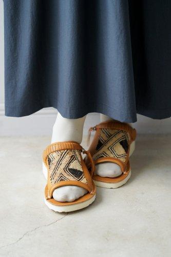 WONDER FULL LIFE KUBA sandal(Camel)