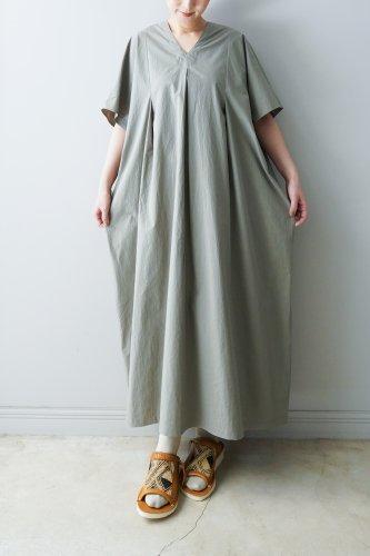 WONDER FULL LIFE Cotton V-neck One-piece(Gray)