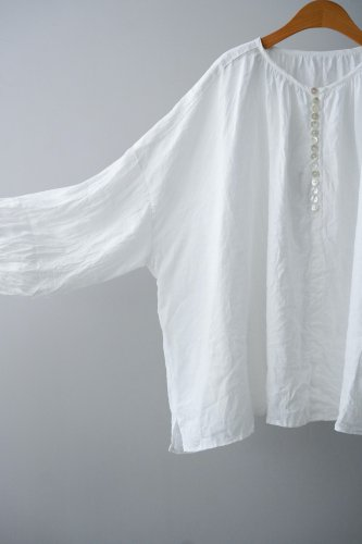 UNIVERSAL TISSU  Linen Gather Blouse  ( White)