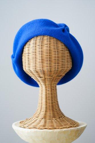 バラ色の帽子 beret(Blue)