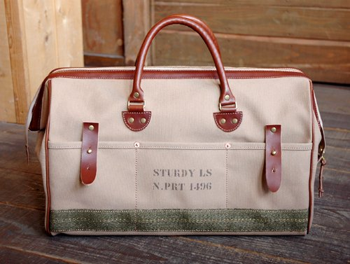 "【「Daytona BROS」2014年9月号掲載】Sturdy Luggage Supply|""OVERNIGHT"" Boston Bag (Khaki / Non-Aged M"