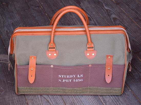 "【Sturdy Luggage Supply】""OVERNIGHT"" Boston Bag (Olive × Brown)"