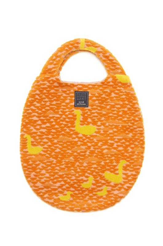 ミナペルホネン winter lake egg bag