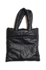 ミナペルホネン tube bag (レザー/ブラック)