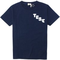 <img class='new_mark_img1' src='https://img.shop-pro.jp/img/new/icons14.gif' style='border:none;display:inline;margin:0px;padding:0px;width:auto;' />【TES】TES FELT WAPPEN TEE NAVY Tシャツ The Endless Summer/エンドレスサマー