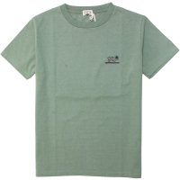 <img class='new_mark_img1' src='https://img.shop-pro.jp/img/new/icons14.gif' style='border:none;display:inline;margin:0px;padding:0px;width:auto;' />【TES/テス】HUNTINGTON TEE GREEN GREY Tシャツ THE ENDLESS SUMMER/エンドレスサマー