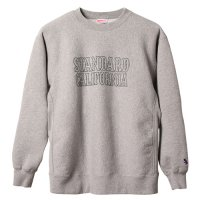 <img class='new_mark_img1' src='https://img.shop-pro.jp/img/new/icons50.gif' style='border:none;display:inline;margin:0px;padding:0px;width:auto;' />【STANDARD CALIFORNIA】SD R.W LOGO SWEAT GRAY クルーネックスウェット スタンダードカリフォルニア