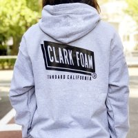 <img class='new_mark_img1' src='https://img.shop-pro.jp/img/new/icons14.gif' style='border:none;display:inline;margin:0px;padding:0px;width:auto;' />【STANDARD CALIFORNIA】CLARK FOAM × SD PULLOVER HOOD SWEAT GRAY パーカー クラークフォーム スタンダードカリフォルニア