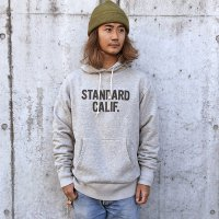<img class='new_mark_img1' src='https://img.shop-pro.jp/img/new/icons50.gif' style='border:none;display:inline;margin:0px;padding:0px;width:auto;' />【STANDARD CALIFORNIA】STANDARD CALIFORNIA LOGO HOOD SWEAT GRAY パーカー スタンダードカリフォルニア
