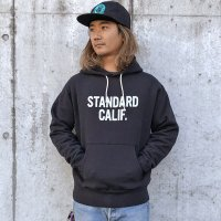 <img class='new_mark_img1' src='https://img.shop-pro.jp/img/new/icons50.gif' style='border:none;display:inline;margin:0px;padding:0px;width:auto;' />【STANDARD CALIFORNIA】STANDARD CALIFORNIA LOGO HOOD SWEAT BLACK パーカー スタンダードカリフォルニア