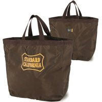 <img class='new_mark_img1' src='https://img.shop-pro.jp/img/new/icons14.gif' style='border:none;display:inline;margin:0px;padding:0px;width:auto;' />【STANDARD CALIFORNIA】PORTER × SD PACKABLE UTILITY TOTE BAG BROWN ポーター トートバッグ スタンダードカリフォルニア