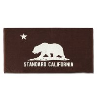 <img class='new_mark_img1' src='https://img.shop-pro.jp/img/new/icons50.gif' style='border:none;display:inline;margin:0px;padding:0px;width:auto;' />【STANDARD CALIFORNIA】SD CAL FLAG TOWEL BROWN ビーチタオル スタンダードカリフォルニア