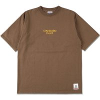 <img class='new_mark_img1' src='https://img.shop-pro.jp/img/new/icons50.gif' style='border:none;display:inline;margin:0px;padding:0px;width:auto;' />【STANDARD CALIFORNIA】SD HEAVYWEIGHT LOGO T BROWN Tシャツ スタンダードカリフォルニア