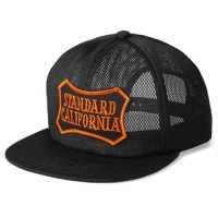 <img class='new_mark_img1' src='https://img.shop-pro.jp/img/new/icons50.gif' style='border:none;display:inline;margin:0px;padding:0px;width:auto;' />【STANDARD CALIFORNIA】SD SHIELD LOGO PATCH ALL MESH CAP BLACK メッシュキャップ スタンダードカリフォルニア