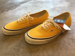VANS Authentic44 DX (ANAHEIM FACTORY) YELLOW<img class='new_mark_img2' src='//img.shop-pro.jp/img/new/icons47.gif' style='border:none;display:inline;margin:0px;padding:0px;width:auto;' />