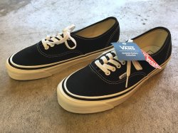 VANS Authentic44 DX (ANAHEIM FACTORY) BLACK<img class='new_mark_img2' src='//img.shop-pro.jp/img/new/icons47.gif' style='border:none;display:inline;margin:0px;padding:0px;width:auto;' />