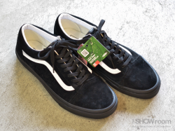 OLD SKOOL - Pig Suede<img class='new_mark_img2' src='https://img.shop-pro.jp/img/new/icons47.gif' style='border:none;display:inline;margin:0px;padding:0px;width:auto;' />