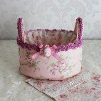布のバスケット ピンクの薔薇