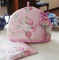 ポットマット付きティーコゼー  ピンクの薔薇 小さめサイズ