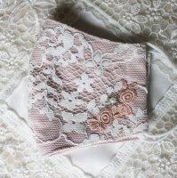 コードレース&薔薇のモチーフレース、キラキラストーンのマスク ペールピンク