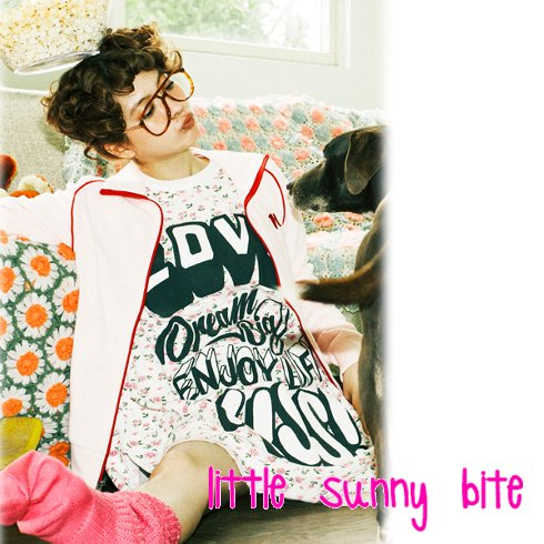 LITTLE SUNNY BITE(リトルサニーバイト)<br>love dream girl floral thermal dress  16秋冬【LSB-LTOP-026F】 sale