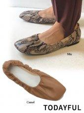 TODAYFUL (トゥデイフル)<br>Shirring Valet Shoes  19秋冬.【11921075】フラットシューズ