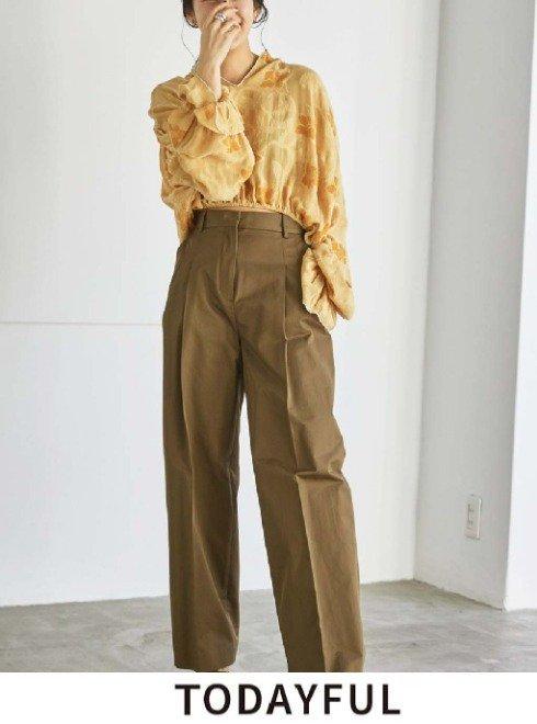 TODAYFUL (トゥデイフル)<br>Tuck Twill Trousers   2021秋冬【12120704】パンツ