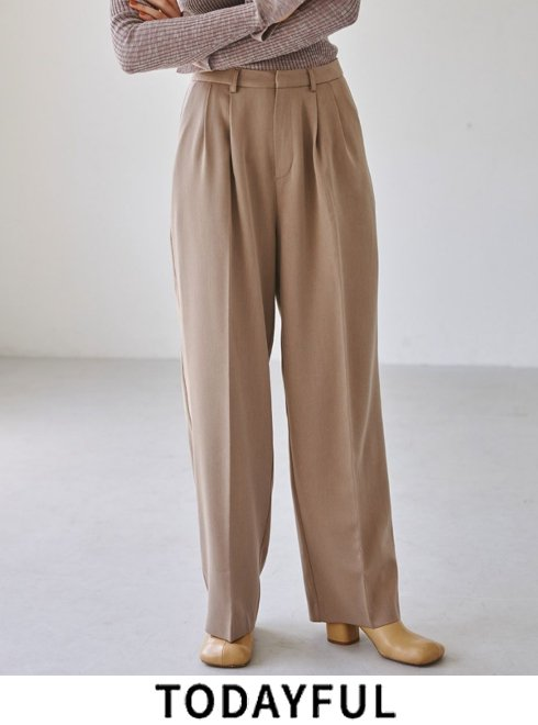 TODAYFUL (トゥデイフル)<br>Smooth Tuck Trousers  21秋冬【12120702】パンツ  ★