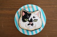 モモランチ|猫顔刺しゅうブローチ|シロクロ