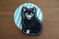 モモランチ|猫刺繍ブローチ|クロシロ