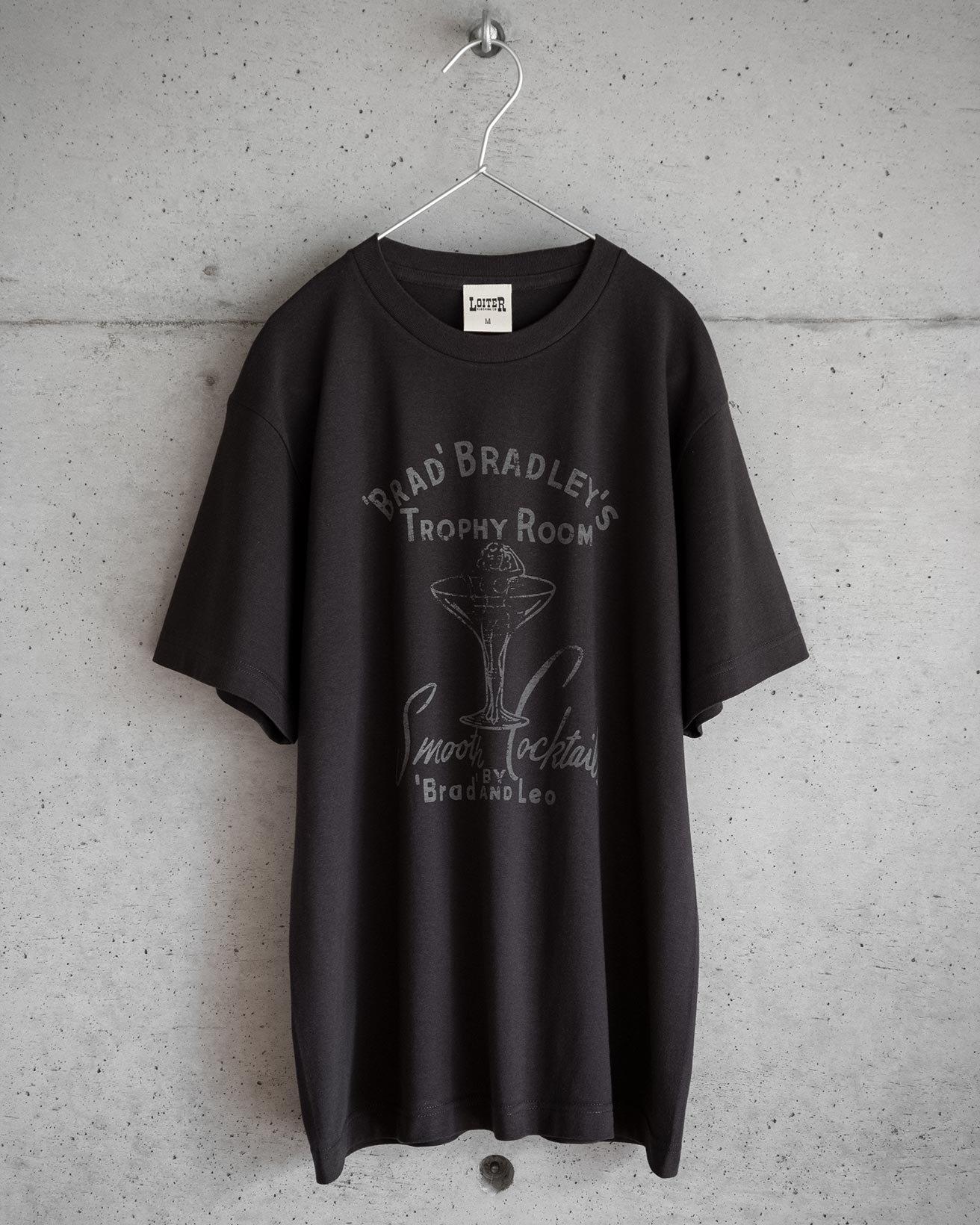 TROPHY ROOM Tシャツ