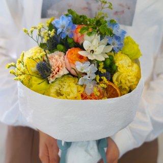 bouquet-17(爽やかな方に贈る花束)
