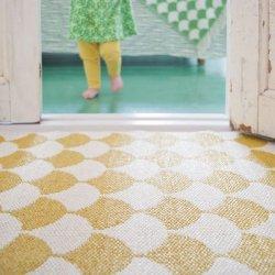 ブリタスウェーデン 北欧 プラスチック製 デザインラグ ゲルダ マスタード【Brita Sweden Gerda rug Mustard】