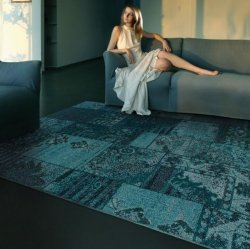 パッチワーク柄 オーバーダイ ヴィンテージ風ラグ ブルー 【Oriental Weavers Sphinx Revival 501 Blue】