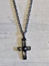 ROSETTA PRAYER : SILVER PLATING CROSS NECKLACE