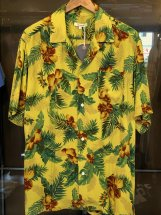 <img class='new_mark_img1' src='https://img.shop-pro.jp/img/new/icons6.gif' style='border:none;display:inline;margin:0px;padding:0px;width:auto;' />Hub & Spoke : OVER DYED ALOHA SHIRTS (yellow)