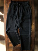<img class='new_mark_img1' src='https://img.shop-pro.jp/img/new/icons6.gif' style='border:none;display:inline;margin:0px;padding:0px;width:auto;' />ATELANE : Poly-rayon Stretch Chef-pants (black)