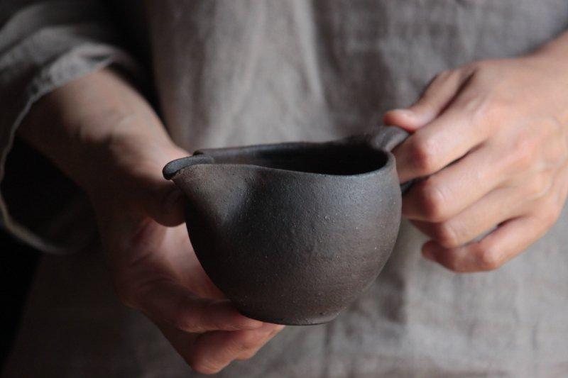 田尾明子 炭化茶海_02