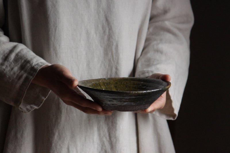芳賀龍一 鉄釉鉢1