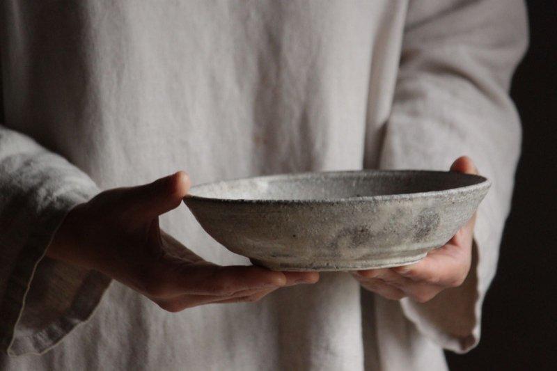 田鶴濱守人 粉引6寸ジャノメ鉢