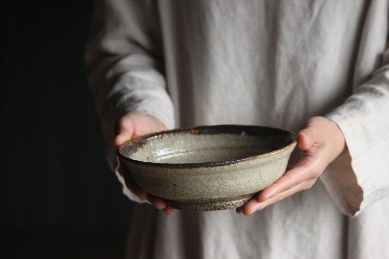 うばめがし釉6寸鉢