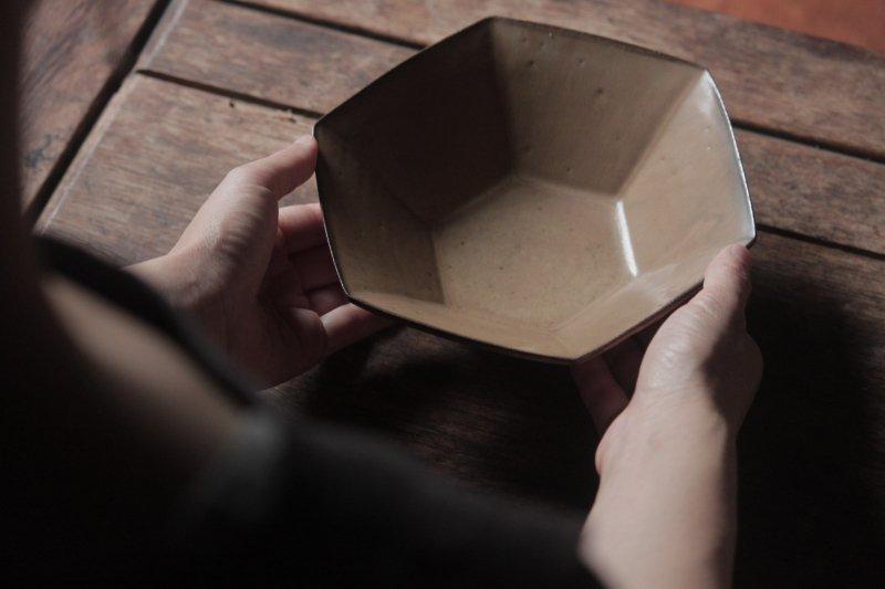 生形由香 色釉6角鉢-01