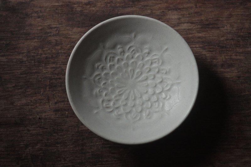 生形由香 刻紋小皿-08